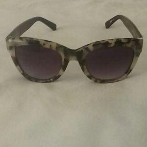 Ett:twa Munin Sunglasses from Anthrolopogie